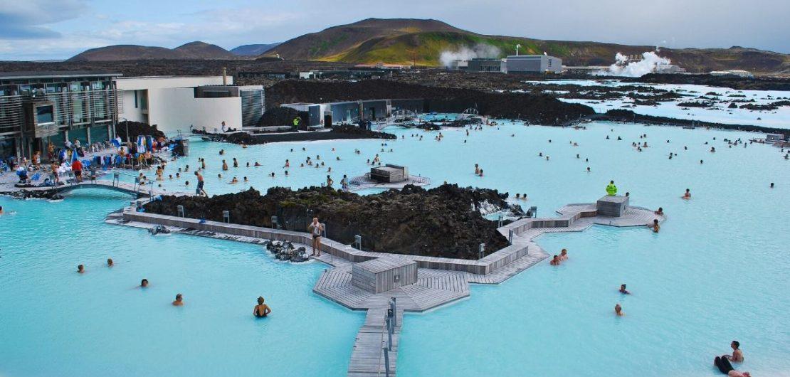 Blue lagoon geotermal spa in Iceland